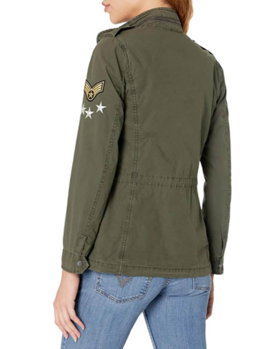 Que esperas para lucir estas geniales chaquetas militares de transición para superar el cambio de estación.
